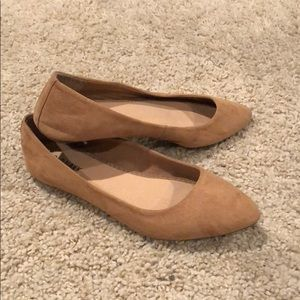 Old Navy - Tan Suede Pointed Toe Flat